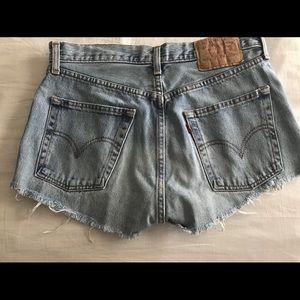 Levi cut off shorts